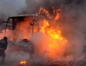 Bolu Dağı tüneli girişinde araç yandı