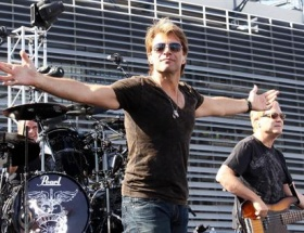 Bon Jovi konseri de mi iptal ?