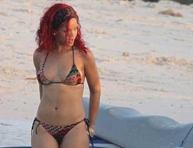 Rihanna ayrılık acısı çekiyor!