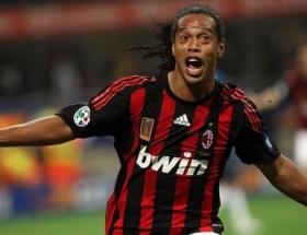 Ronaldinho yuvaya dönüyor!