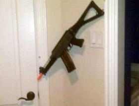 Tüfekle kendini vuran çocuk öldü