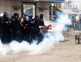 Beyoğlunda polise ses bombası