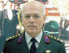 Albay Öze 6 ay hapis cezası