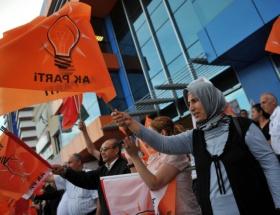 AK Parti Kadın Kolları, Anneler Gününü kutladı