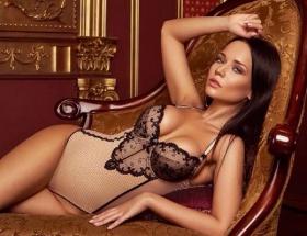 Playboy güzeli Antalyada