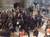 CNN Türk canlı yayınında polis müdahalesi