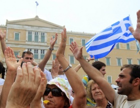Yunan Genelkurmayı Rumları kzıdırdı