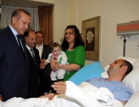 Erdoğandan yaralı polise ziyaret