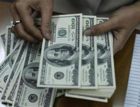Avro/dolar paritesi 1,3270i aştı