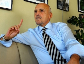 Mehmet Ali Biranda telefon kırdırtan komutan