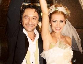 Adaşıyla evlendi