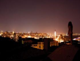 İstanbuldaki çıplak yaşadıklarını anlattı
