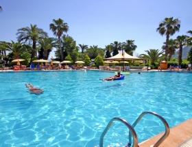 Alman turist havuzda boğuldu
