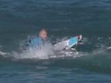 Canlı yayında köpekbalığı saldırdı