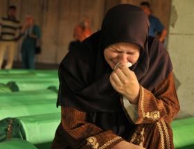 Srebrenitsa ağlıyor