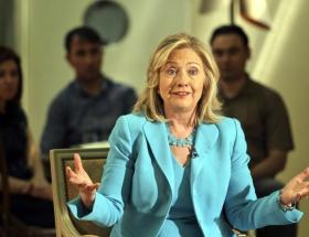 Clintondan 28 Ekim gafı