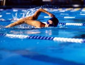 Yüzmede 4 Türkiye rekoru