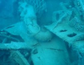 Akdenizin derinliklerinde savaş uçağı