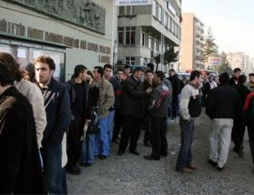 İrlandada işsizlik oranı yüzde 14,2