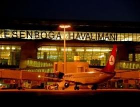 Suriye yolcu uçağı Ankaraya indirildi!