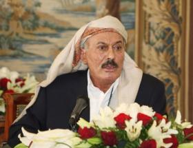 Yemende onbinler Salihin yargılanmasını istedi