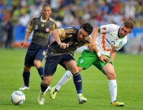 Fenerbahçe, Werder Bremeni devirdi