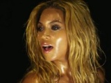 Beyonce yeni klibi için soyundu