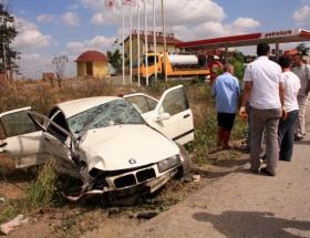 İki otomobil çarpıştı: 5 ölü