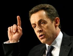 Sarkozy, Merkel ile görüşecek