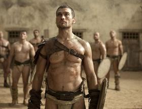Spartacusun yıldızı öldü