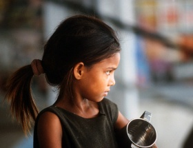 Hindistanda halka 24 milyar dolarlık gıda yardımı
