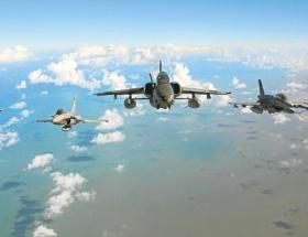İsrail uçaklarıyla it dalaşı