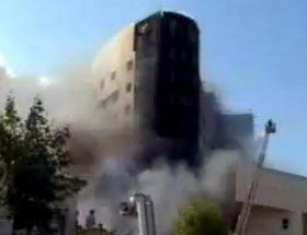 Hastane inşaatında yangın