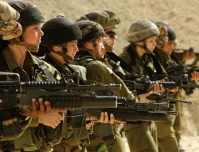 Kadın askerler tecavüz mağduru