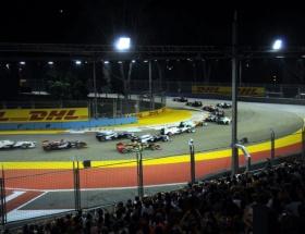 Singapur GPsinin ışığı Türkiyeden