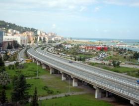 Karadeniz Sahil Yoluna mercek