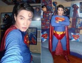 Supermane benzemek için...