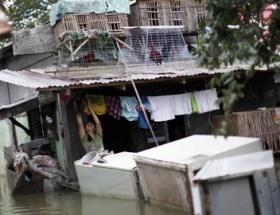 Filipinlerde tayfun: 100den fazla ölü