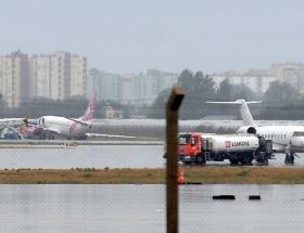 Antalya Havalimanında büyük panik