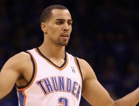 Bir NBA yıldızı da Fenere
