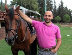 Ebru Gündeşin atları koşacak