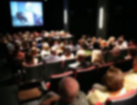 Polise sinemada fuhuş teklifi