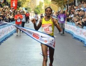 Maratonu tekrar kazandı