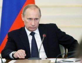 Putin eşini aldatmış