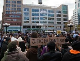 New Yorkta polis şiddeti protestosu