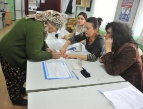 Bulgaristan vatandaşları oy kullanıyor