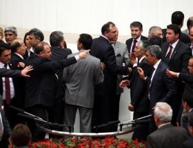 AK Parti ve CHP arasında tartışma