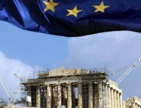 Yunanistanda 2012 bütçesi parlamentoda
