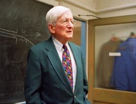 Nobel ödüllü fizikçi öldü