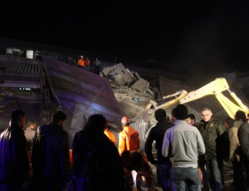 Son depremin bilançosu: 10 ölü